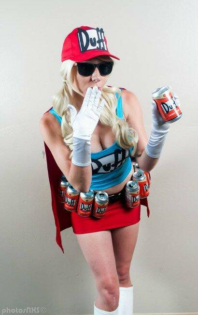 duff-girl-cosplay-2