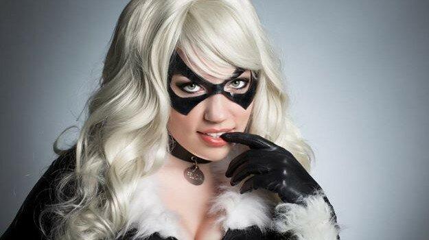 black-cat-cosplay-1