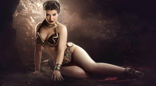 Slave Leia Cosplay by La Esmeralda