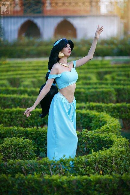 jasmine-cosplay-1